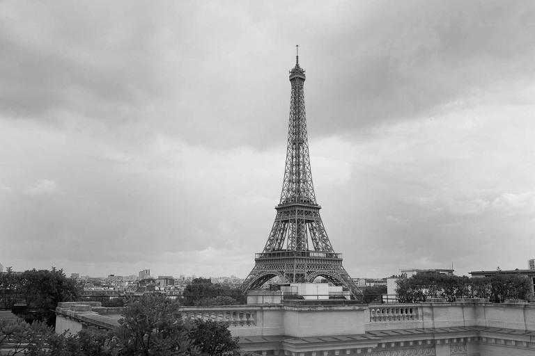 Eiffel tower shangri la