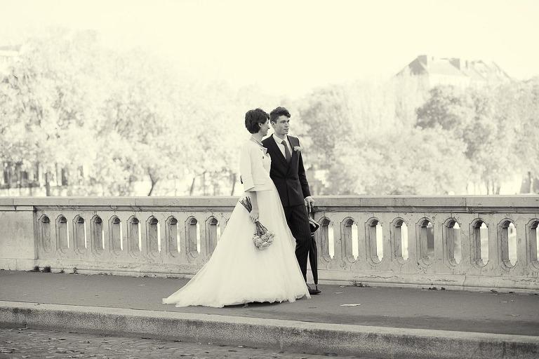, Paris elopement with WeddingLight Events